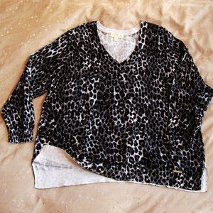 NWOT Michael Kors Leopard Cheetah V Neck Sweater